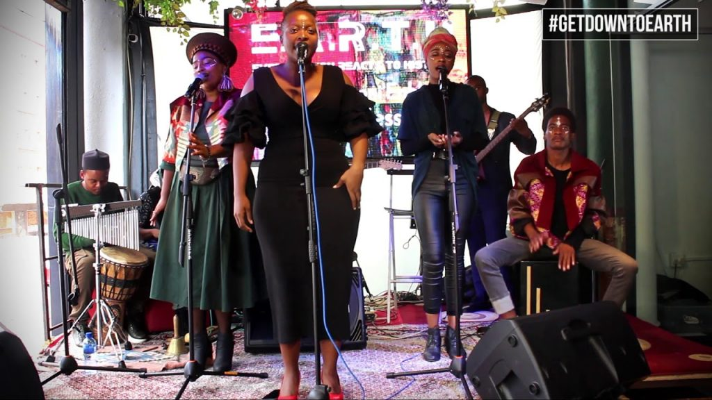 [Watch]: Nyoni'Enhle – Ndimile (with E.A.R.T.H) Live at #GetDownToEARTH Sessions
